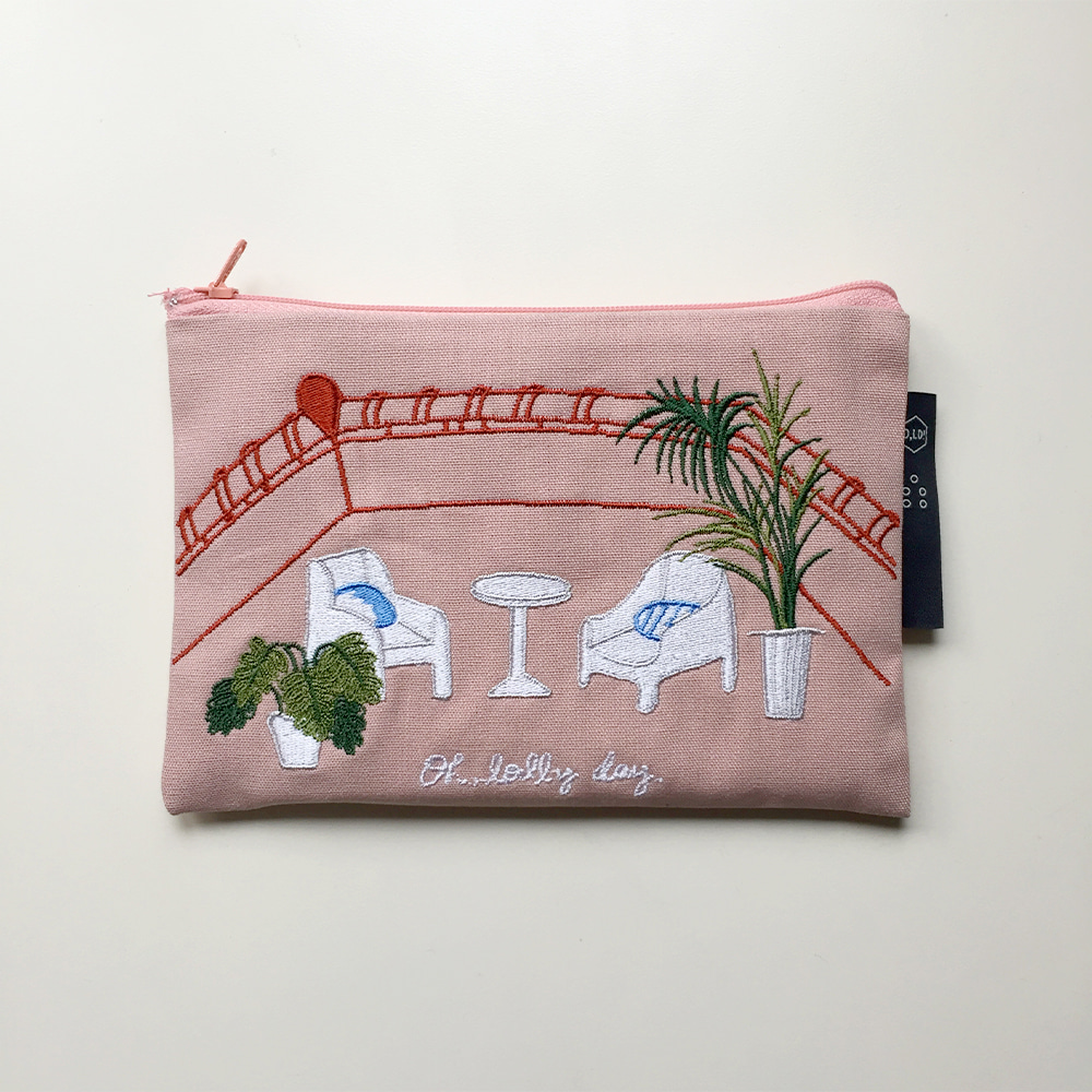 [O,LD! X Mah so young] Embroidery pouch _ pink day